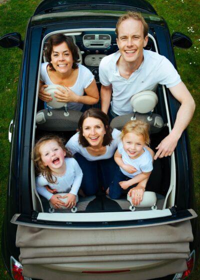 Rodzina-w-samochodzie