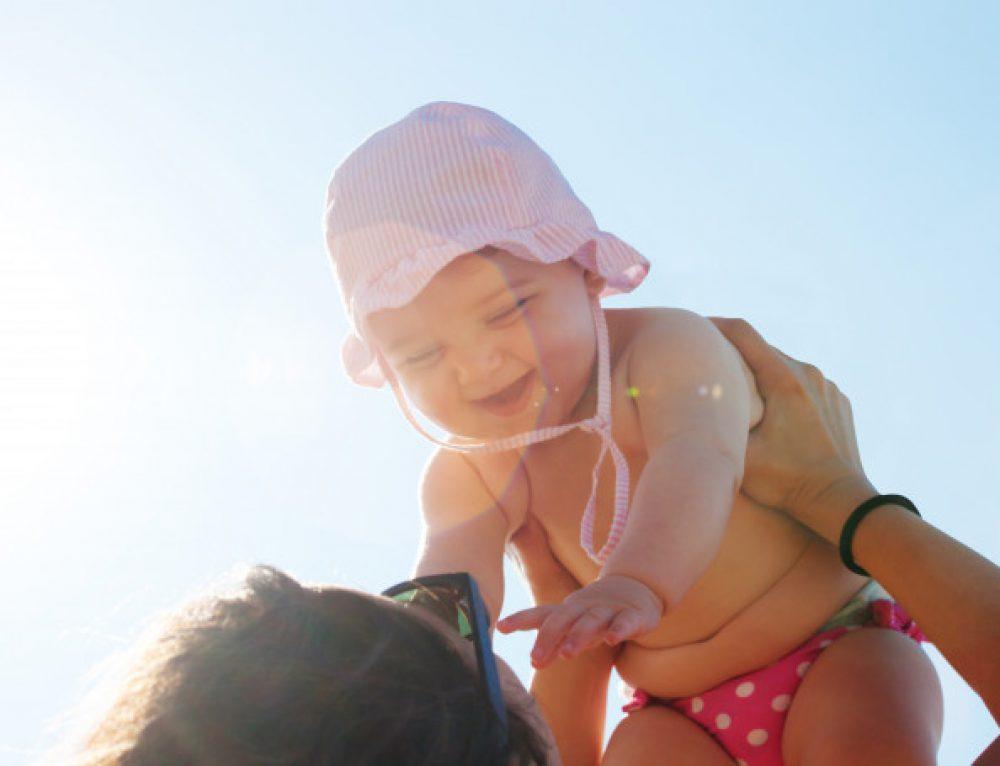 Kosmetyki dla niemowląt – od kiedy zacząć używać i jakie wybrać?