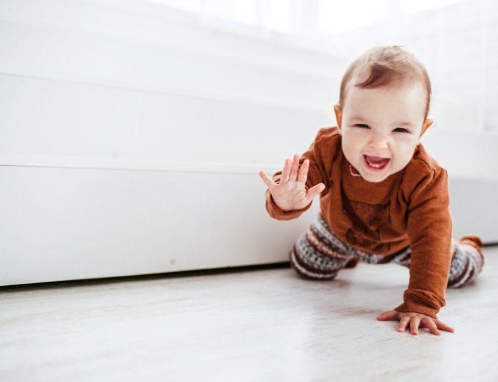 Czkawka u noworodka – czy to niepokojący objaw?